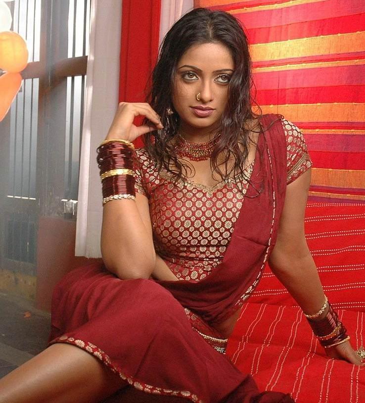 Udaya Bhanu red half saree photo shoot
