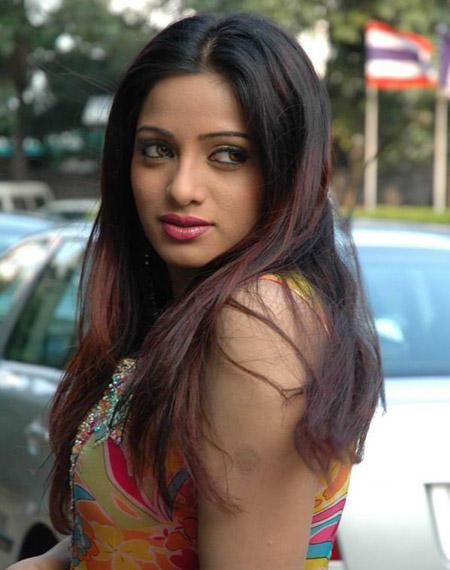 Udaya Bhanu sexy eyes hot look