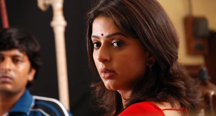 Bhumika chawla red hot look