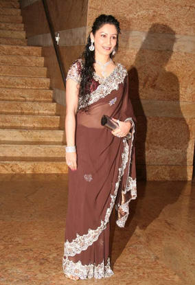 Maanyata Dutt awesome pic in saree