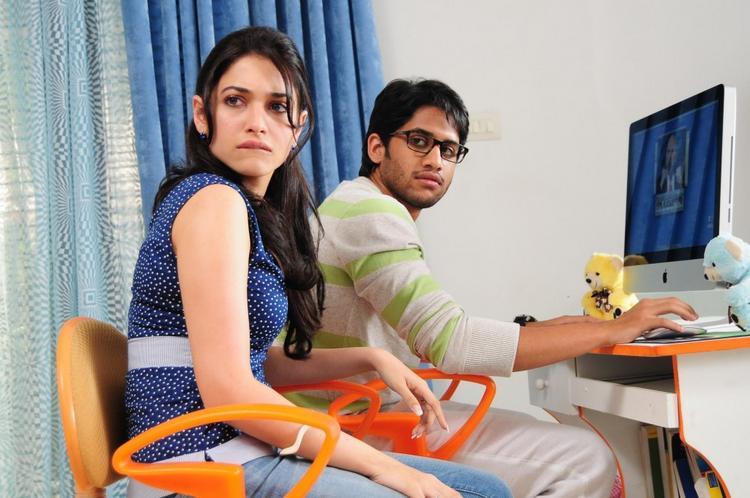 Love telugu movie Naga chaitanya and Tamanna angry stills