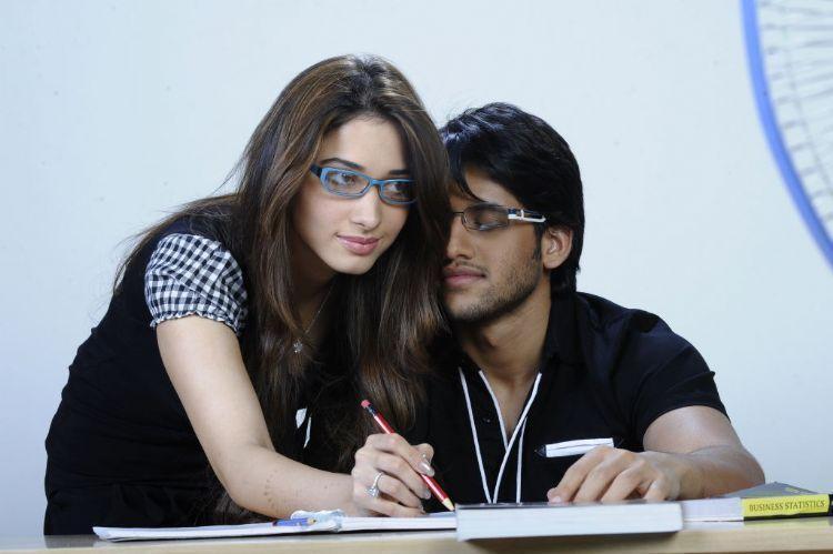 Love telugu movie Naga chaitanya and Tamanna romance stills