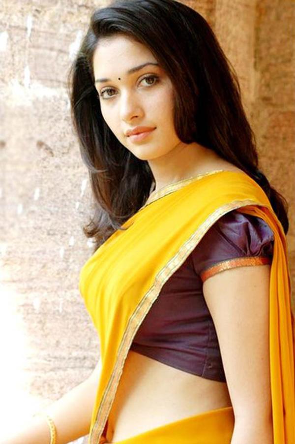 Padikathavan actress tamanna stills
