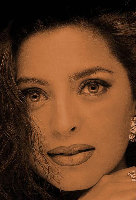 Juhi Chawla Glezing eyes hot look