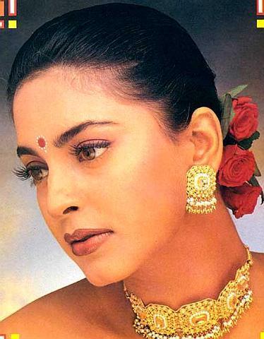Classic Juhi Chawla images