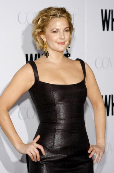 Drew Barrymore audio launch black color dress photos