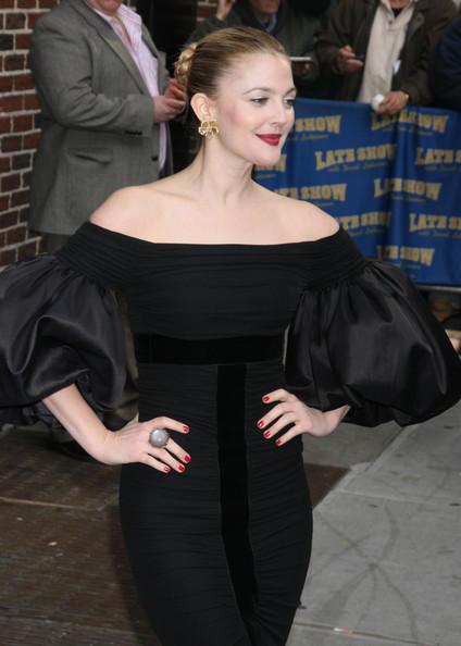 Drew Barrymore black color modeling stills