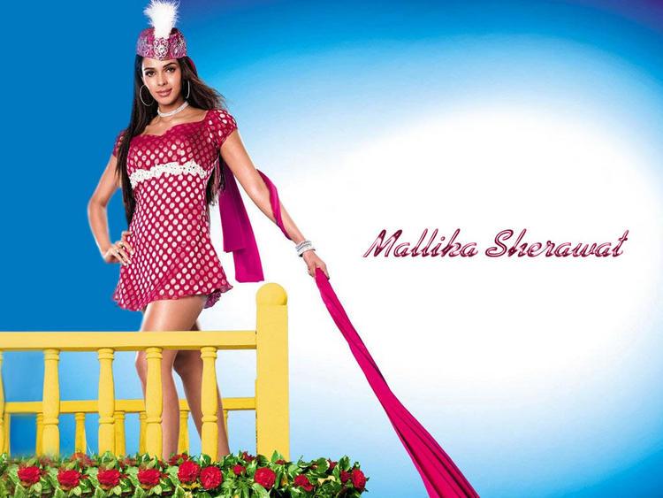 Mallika Sherawat latest cute wallpaper