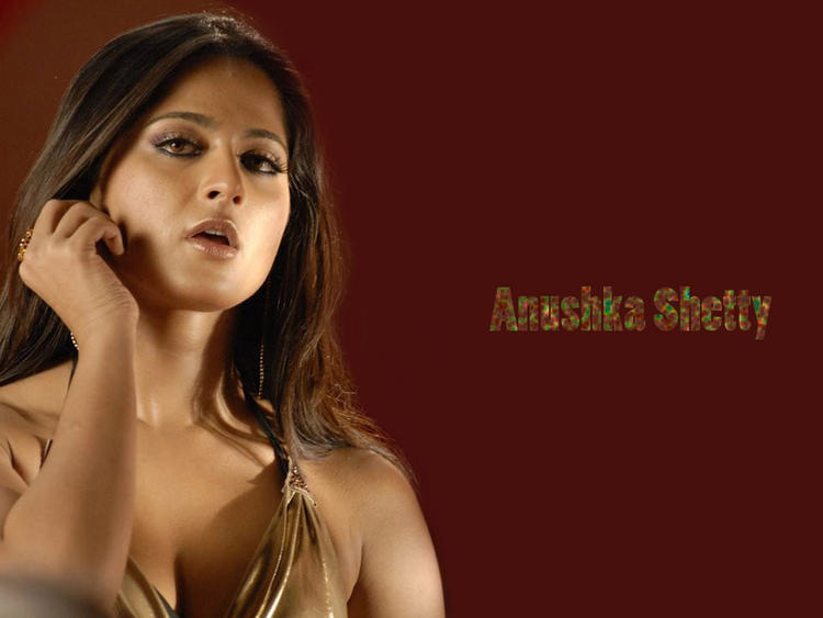 Anushka Shetty cute hot wallpaper