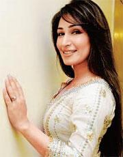 Reema Khan sexy exposing photo