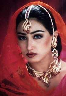 Reema Khan amazing look wallpaper