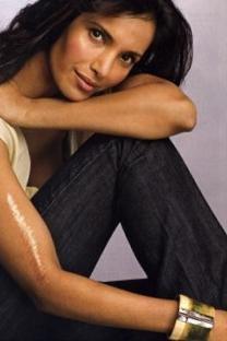 Padma lakshmi cute sexy photo shoot