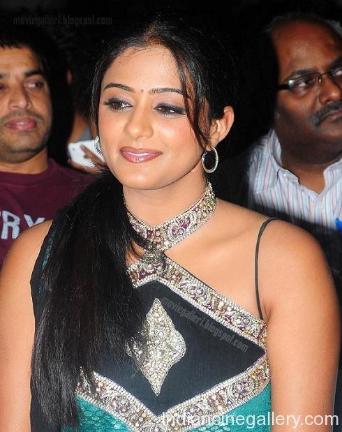 Malayalam Beauty Priyamani awesome still