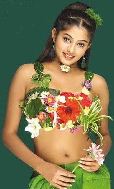 Priyamani hot sexy navel still