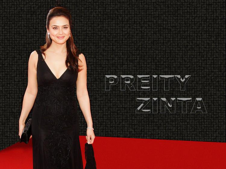 Preity Zinta sweet smile wallpaper