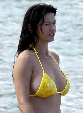 catherine zeta jones bikini hot wallpaper