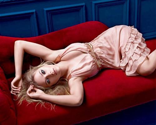 Scarlett Johansson spicy hot photo shoot
