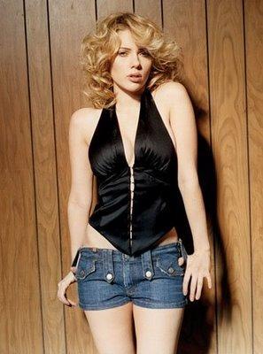 Scarlett Johansson mini dress sexy wallpaper