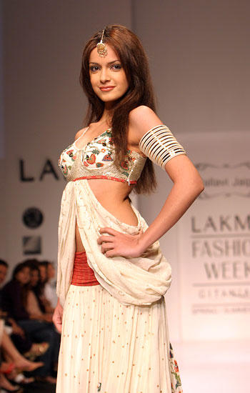 Shazahn Padamsee walk ram at Lakme Fashion Week
