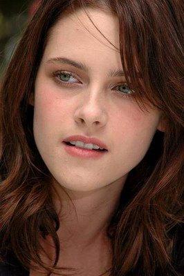 Kristen Stewart glorious face wallpaper
