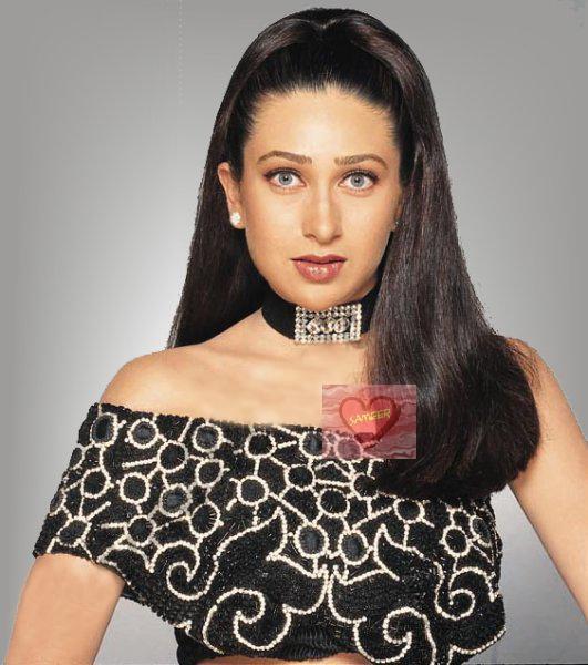 Karishma Kapoor black hot images