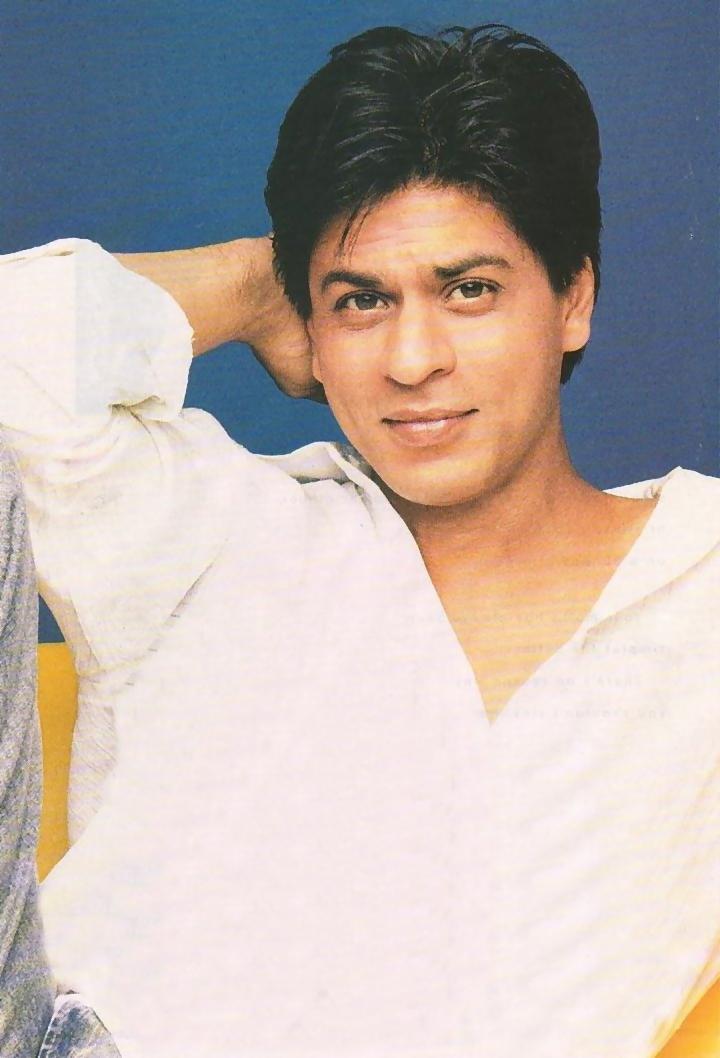 Shah Rukh Khan sexy look wallpaper