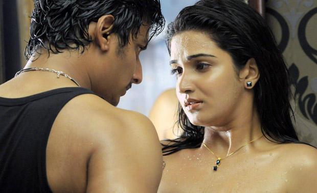 Singam puli movie jeeva romantic still