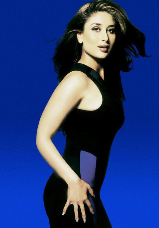 kareena kapoor looking gorgeous