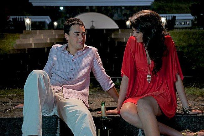 Break Ke Baad movie Imran Khan and Deepika Padukone Photo
