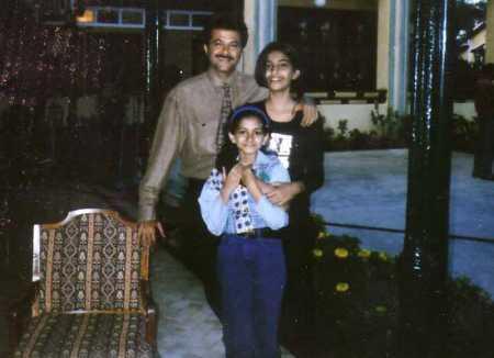 Childhood Sonam Kapoor personal photos