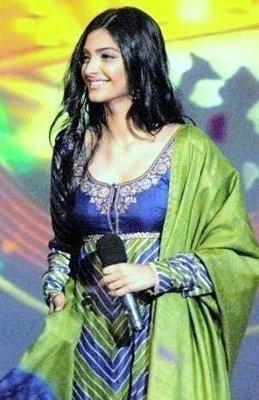 Sonam Kapoor in full sleeve dress sweety pics