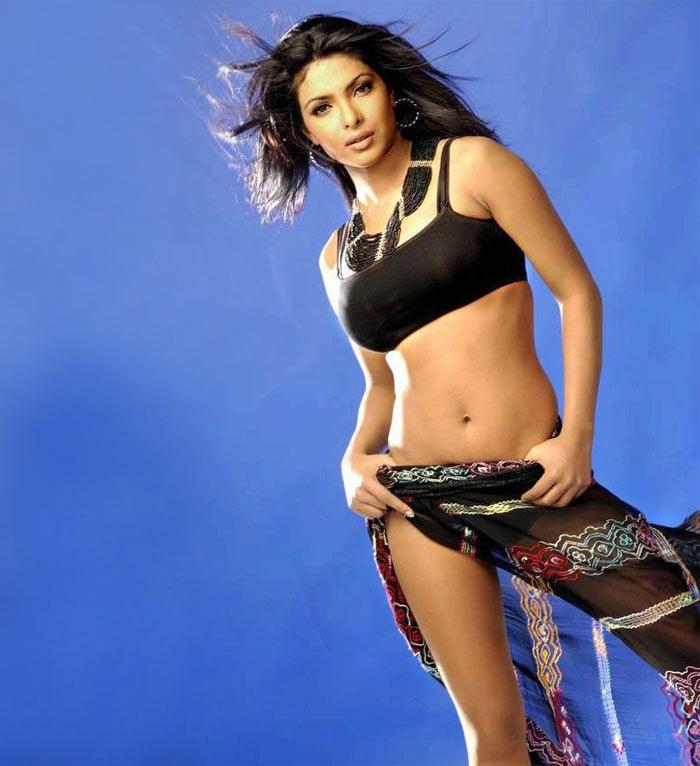Priyanka Chopra amazing dress still