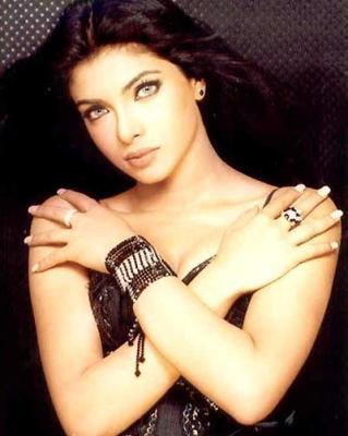 Priyanka Chopra killer look photo
