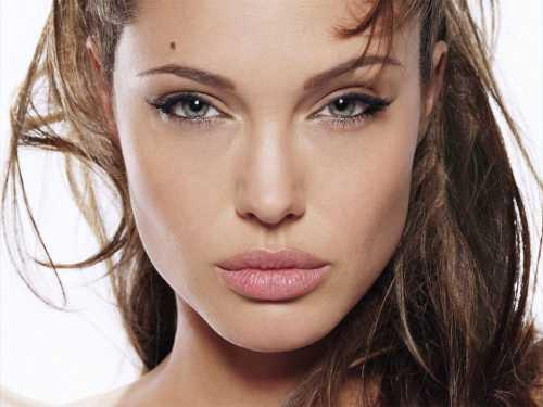 Angelina Jolie latest spicy face pics
