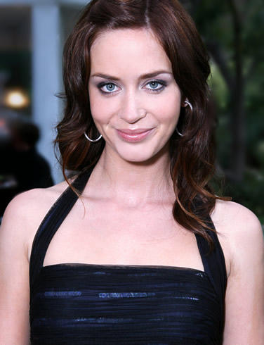 Emily blunt cute face looking pictures