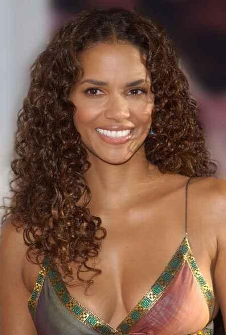 Halle Berry curly hair sweety still