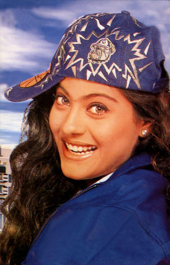 Dusky Beauty Kajol Devgan still
