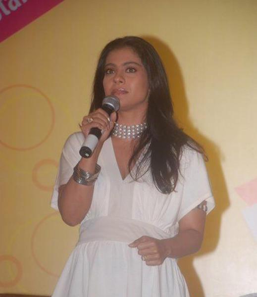 Kajol Devgan mike still
