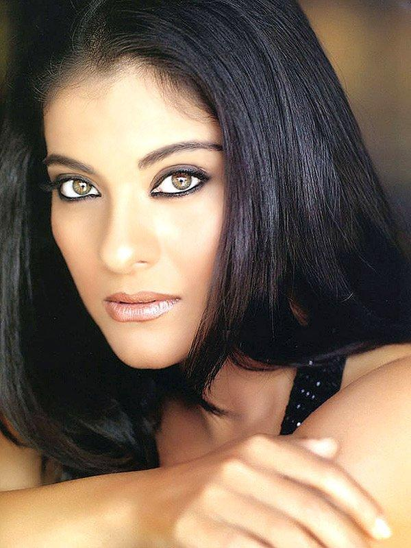Kajol Devgan sexy eyes look