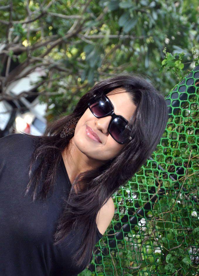 Tashu Kaushik stylist look
