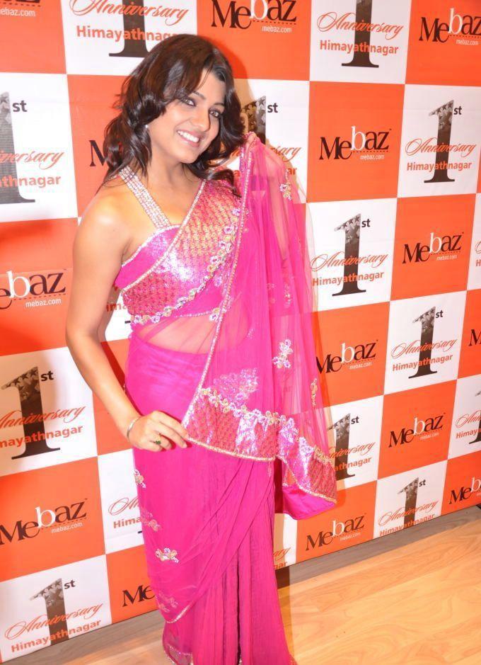 Tashu Kaushik  sexy saree photo shoot