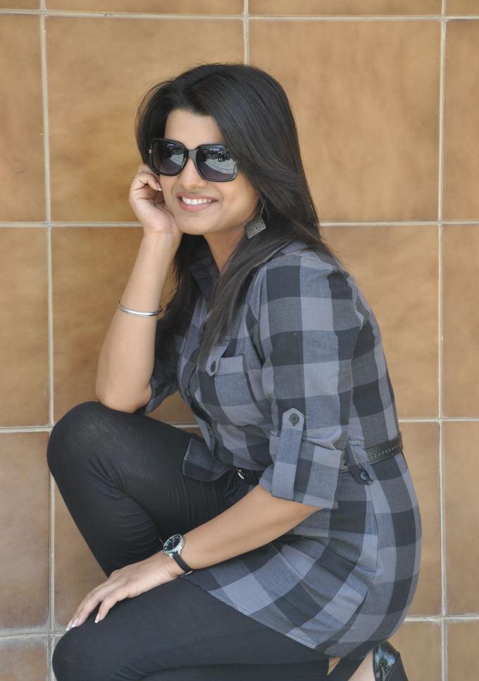 Tashu Kaushik  cute pose photo shoot