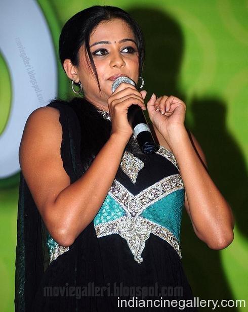 Kollywood beauty Priyamani latest pic
