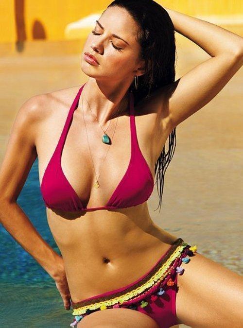 Adriana Lima latest hot bikini and navel still