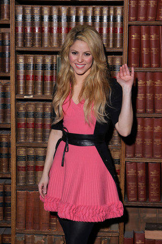 shakira cute cute dress photo