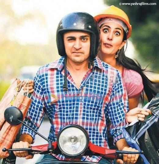 Imran with Katrina on Scooter at Mere brother ki dulhan