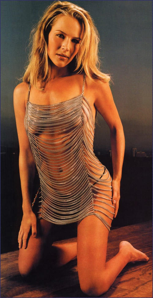 Julie benz without dress pictures