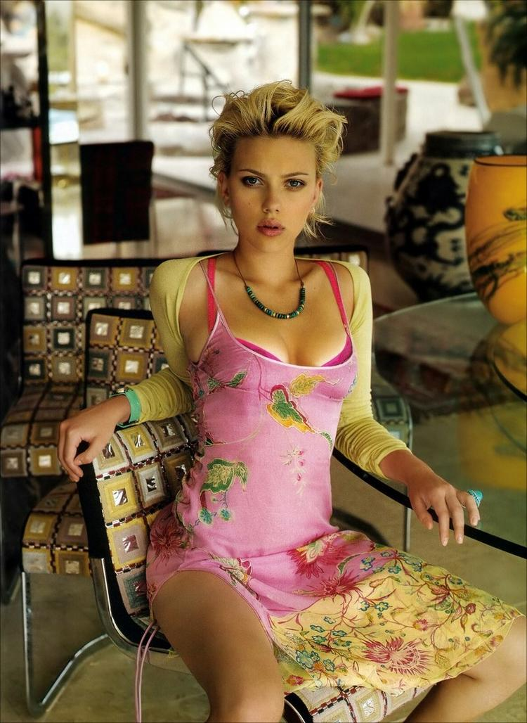 Scarlett Johansson hot pink dress photo shoot