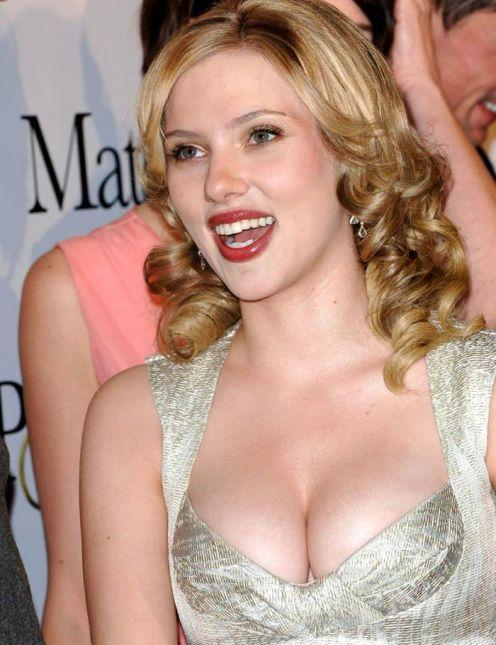 Scarlett Johansson open boob glamour photo