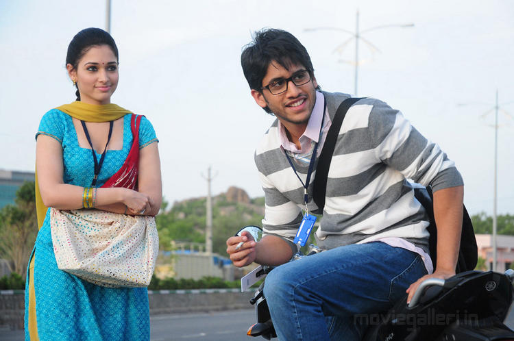 Love movie Naga Chaitanya and Tamanna sweet still